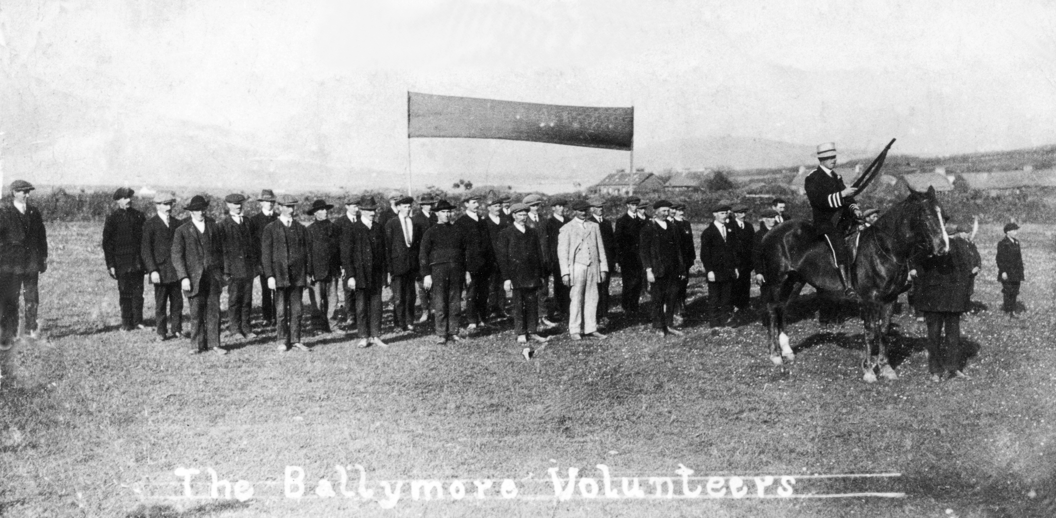 Ballymore Volunteers 7inch Tom Fox